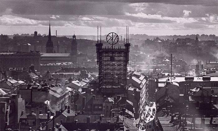 Tháp Telefontornet nổi bật khi nhìn từ xa.
