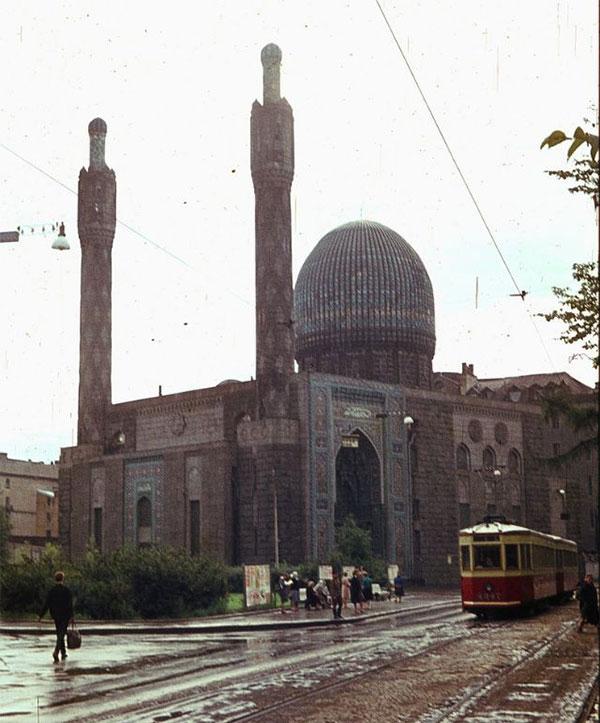 Nhà thờ Xanh (Blue Mosque) ở Leningrad.