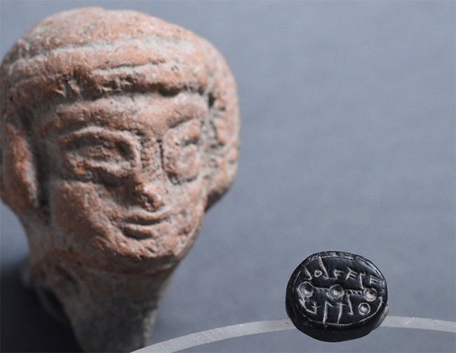 Lần đầu tiên các nhà khảo cổ Israel tìm thấy một con dấu của phụ nữ.