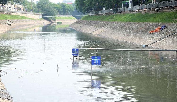 Xả 1,5 triệu m3 nước hồ Tây vào sông Tô Lịch, chuyên gia Nhật không kịp ứng phó.