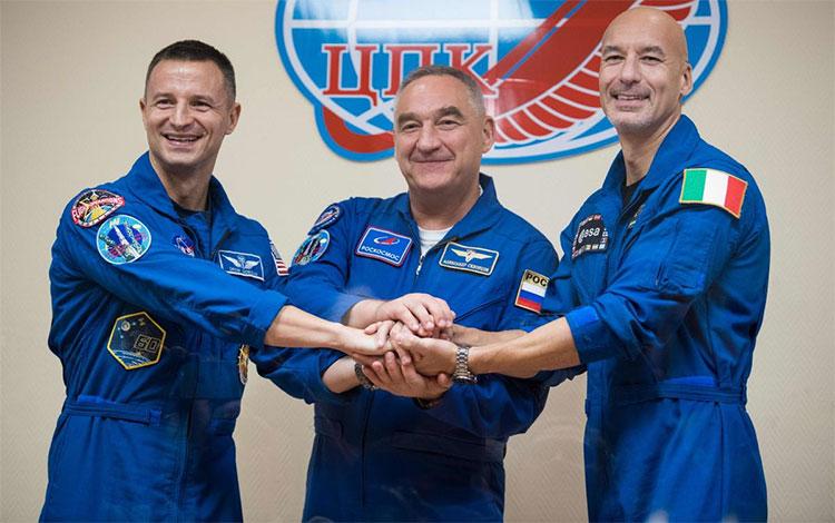 Ba nhà du hành vũ trụ (từ trái sang) Andrew Morgan, Alexander Skvortsov và Luca Parmitano