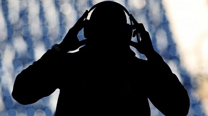 Âm nhạc tác động tích cực đến người bệnh có thể phần nào giảm đau tạm thời cho hệ thần kinh.