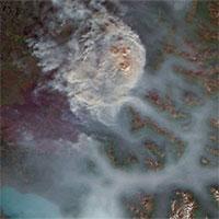 Bắc Cực đang bốc cháy cực mạnh và đám cháy ấy lớn đến mức nhìn thấy được từ ngoài vũ trụ