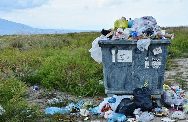 Chúng ta chỉ có thể tái chế khoảng 1/4 những gì thải ra