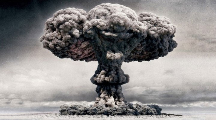 Chất thải phóng xạ từ hoạt động sản xuất điện hạt nhân lại có thể sử dụng để chế tạo vũ khí hạt nhân.