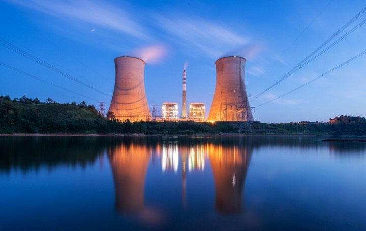 Nhà máy điện hạt nhân cũng hoạt động với công suất cao hơn nhiều các nguồn điện tái tạo khác