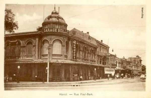 Tòa nhà Garage Boillot xây năm 1900 tại số 3 phố Rue Paul Bert.