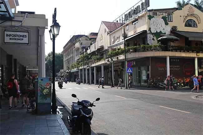Đoạn ngã ba Rue Paul Bert - Boissière, nay là ngã ba Tràng Tiền - Nguyễn Xí.