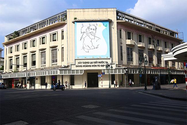 Tòa nhà này kiến trúc vẫn được giữ nguyên cho đến hôm nay.