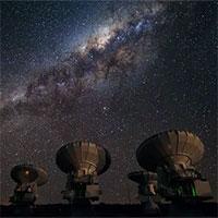 """Tìm ra thế giới vĩ đại của những thiên hà """"bóng ma"""""""
