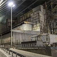 """Ukraine dỡ bở """"quan tài bê tông"""" sắp sụp đổ ở nhà máy Chernobyl"""