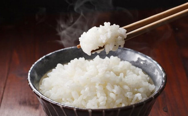 Người bị tiểu đường không nên bỏ hoàn toàn cơm gạo.