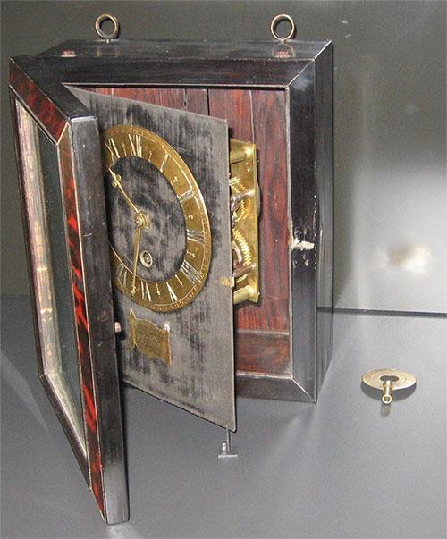 Một trong những chiếc đồng hồ đầu tiên được sản xuất bởi Christiaan Huygens