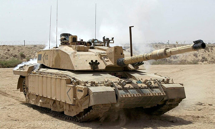 Xe tăng Challenger 2, Anh