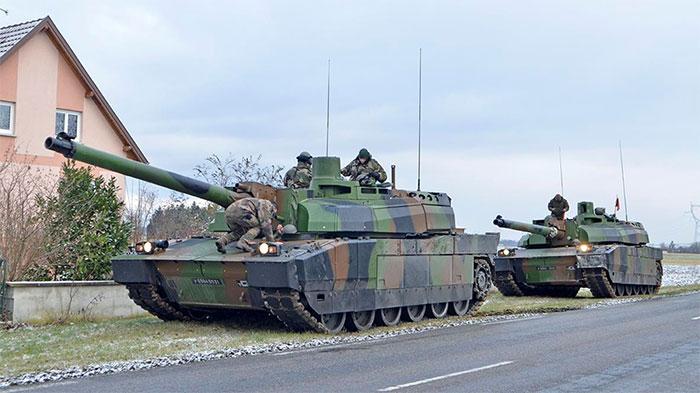 Xe tăng Leclers, Pháp