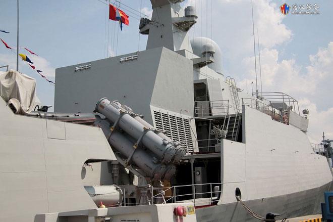 Tàu 016-Quang Trung được trang bị thêm các ống phóng ngư lôi 533mm nhằm tăng khả năng chống ngầm