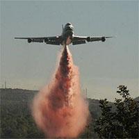 Supertanker, kỳ quan độc nhất của ngành cứu hỏa đang nỗ lực cứu lấy rừng Amazon