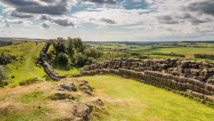 Tường thành Hadrian