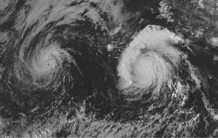 Hiện tượng giao thoa 2 hoặc nhiều cơn bão sẽ xảy ra khi chúng hình thành gần nhau