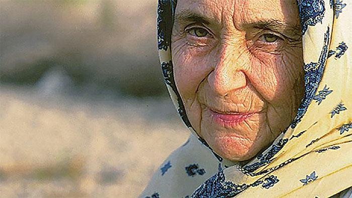 Do nỗ lực của bác sĩ Ruth Pfau, bệnh phong được kiểm soát ở Pakistan vào năm 1996.