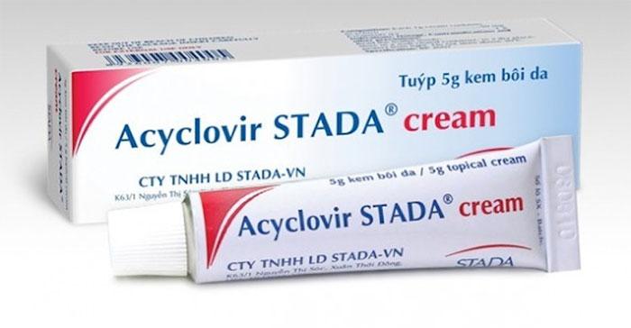 Thuốc acyclovir dạng kem bôi.