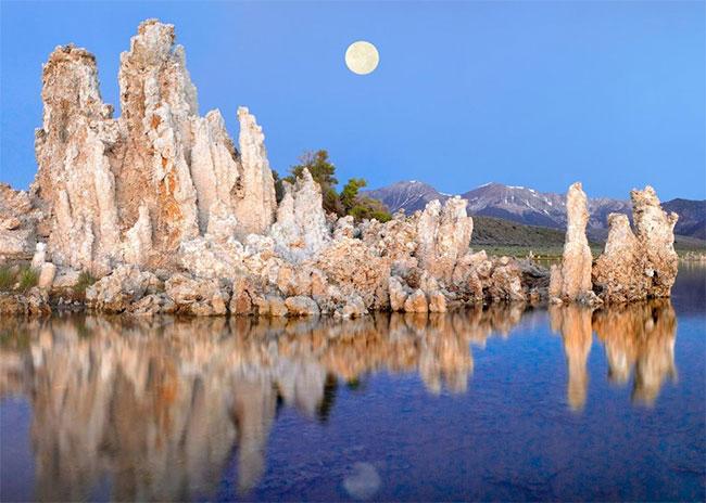 Hồ Mono ở California