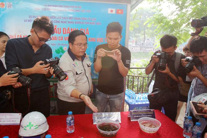 Ngày mai 17/9 là thời điểm kết thúc đợt thí điểm thứ 2 làm sạch sông Tô Lịch do Công ty JVE tiến hành.