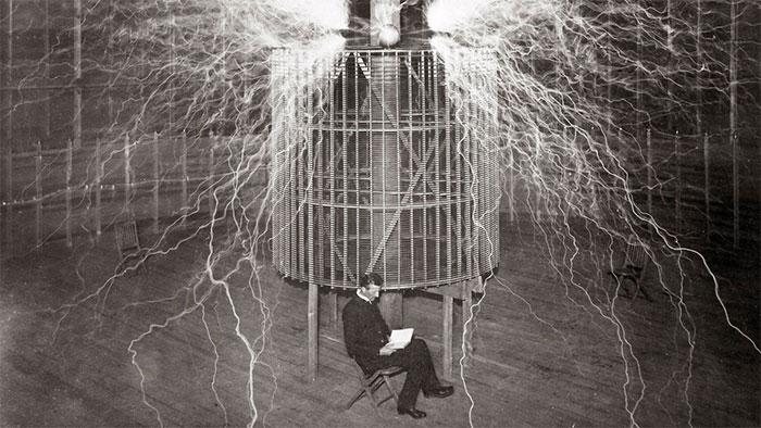 Bức ảnh nổi tiếng của Tesla.