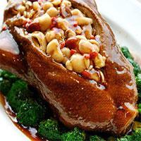 Thịt vịt rất tốt cho sức khỏe nhưng những ai không nên ăn?