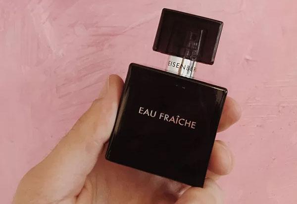 Eau Fraiche là dòng nước hoa có nồng độ tinh chất thấp nhất