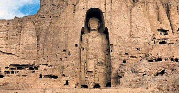 Đây là 2 trong 3 pho tượng Phật được xây dựng từ thế kỷ thứ 4 đến thứ 8.