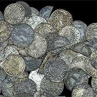 Phát hiện kho tiền nghìn năm tuổi trị giá 50.000 bảng Anh