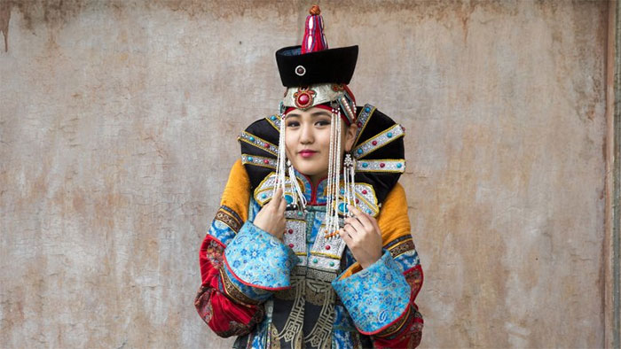 Những người phụ nữ Mông Cổ dưới thời Thành Cát Tư Hãn có quyền tự do rất lớn.