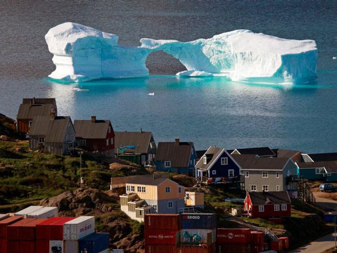 Thị trấn Kulusuk ở phía đông Greenland.