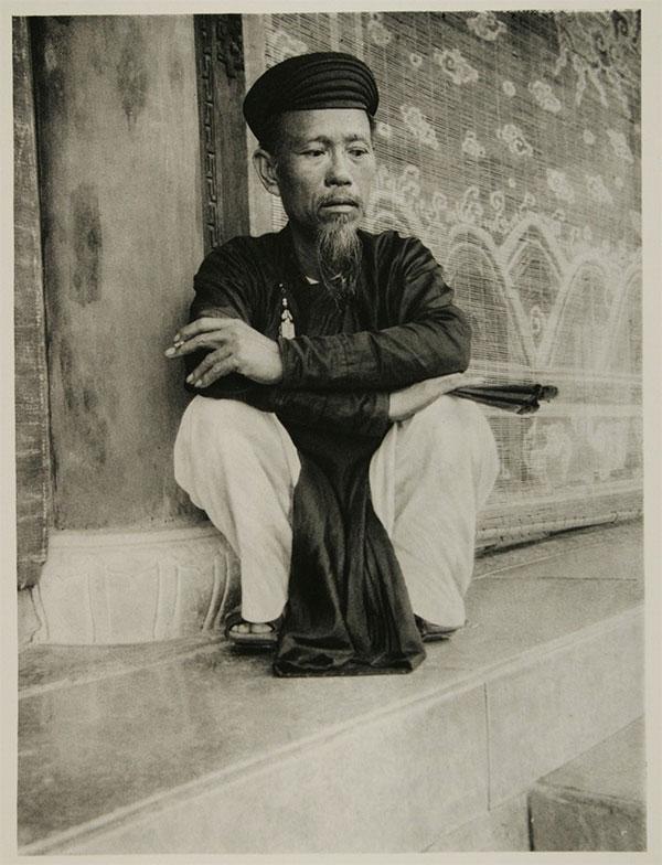 Chân dung một viên quan ở Huế, Việt Nam năm 1926.