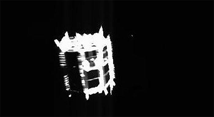 Ảnh chụp robot MINERVA-II2 khi tách ra khỏi tàu Hayabusa 2.