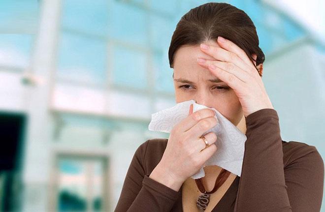 Viêm mũi dị ứng là tình trạng niêm mạc mũi bị viêm nhiễm.