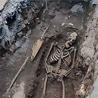 Tìm thấy xác ướp kim tự tháp bí ẩn từ thời La Mã dưới lòng đất ở Rome