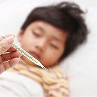 Cách hạ sốt cho bé tại nhà nhanh chóng, an toàn