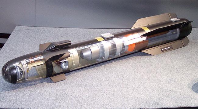 Tên lửa chống tăng AGM-114 Hellfire.