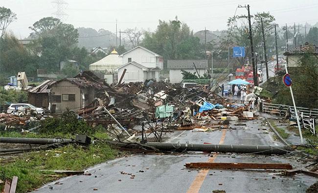 Trong ảnh là cảnh tan hoangở Ichihara, phía đông Tokyo.