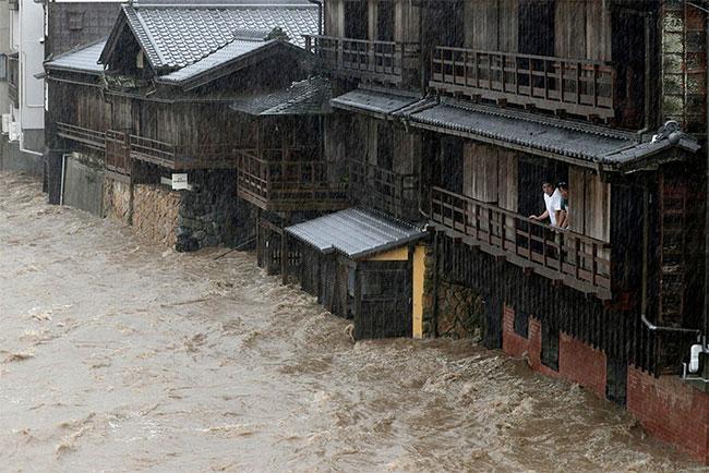 Mưa lớn đã gây ngập nghiêm trọng tại nhiều địa phương