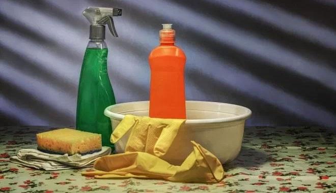 Các sản phẩm làm sạch có mùi thơm chanh và chất tẩy có thể tạo ra chất gây ô nhiễm trong nhà.