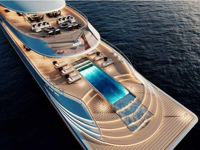 Aqua khiến khách hàng phải say đắm hơn nữa khi chiêm ngưỡng đuôi tàu