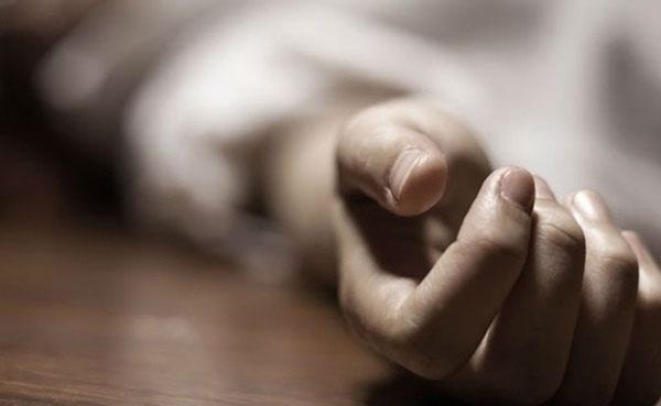 Da của người sắp chết thường sẽ tái đi và có các màu tía, đỏ hoặc vết lốm đốm xanh.