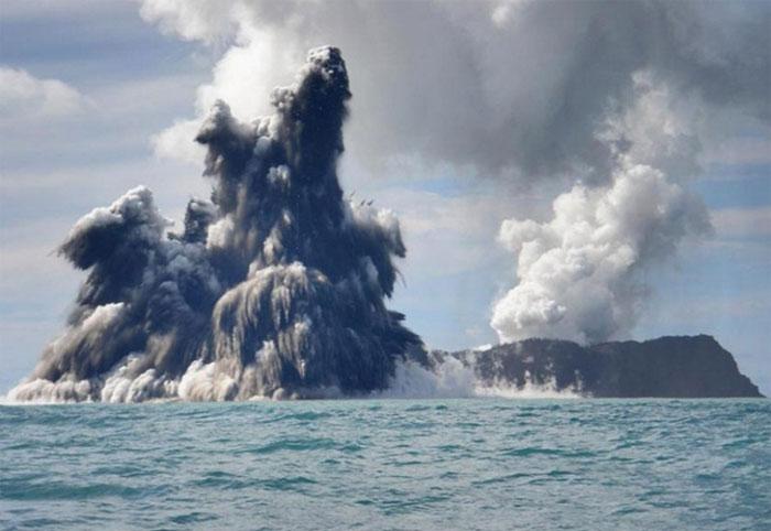 Núi lửa dưới biển