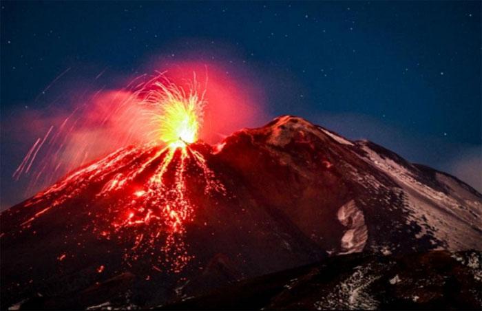 Núi lửa Etna