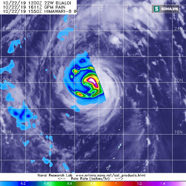 Vệ tinh của GPM cung cấp hình ảnh về độ ẩm cực mạnh của bão Bualoi ngày 22/10.