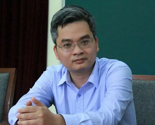 GS Phạm Hoàng Hiệp.