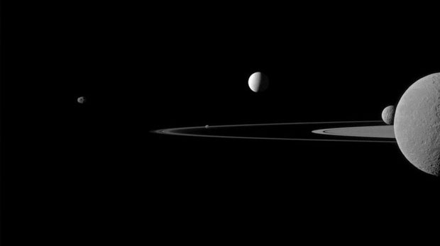 Mặt trăng của sao Thổ